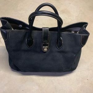 Dooney & Bourke Large Tote Bag